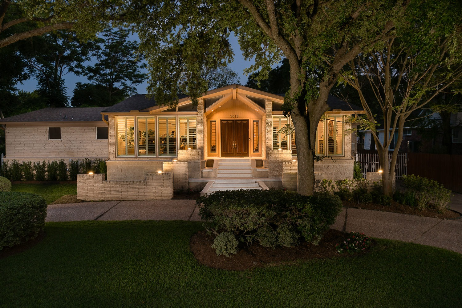 5019 South Braeswood, P3 Elevation, Low Lift, Front, Twilight,