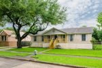 Lifted home of Karen Yaklin Jersey Village, TX